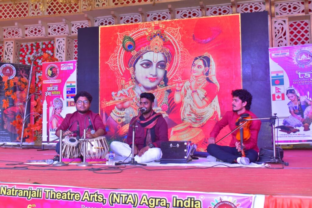 Attractive rendition of Sangeet dance at International Taj Rang Festival, glimpse of culture of various states