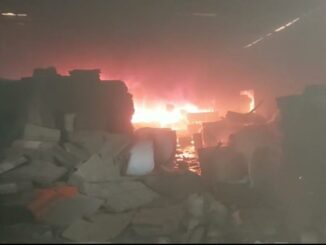 Huge fire in two factories, sweat left by fire brigade, major damage