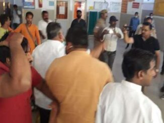 RSS district pracharak's dispute with police, dragged outpost, anger among BJP leaders