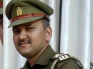 Amidst controversy and firing, the gunman of Agra shot dead, died on the spot