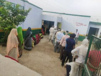 Re-polling started at these two booths in Agra, voters showed enthusiasm