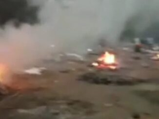 Fierce scene showing near Tajganj Mokshadham, 20 pyre burnt together on empty ground