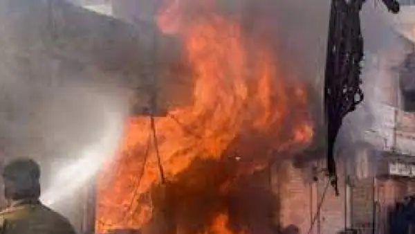5 people killed, four in critical condition in firecracker factory