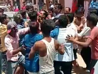 Violent clashes between people of the wedding house and community members for hitting a car with a bike, video viral
