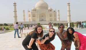 Foreign tourists will come to Agra soon, the Ministry of Home Affairs has given permission, will come out in the tourism world