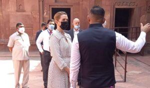 Denmark PM was happy to see Musamman Burj and Sheesh Mahal in Agra Fort, learned about Aurangzeb's history