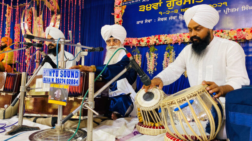 The 34th three-day Gurmat Samagam concluded, was introduced to the ancient history by singing