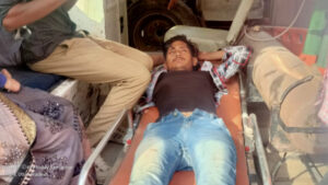 A horrific road accident in Thana Bah area, brother and sister on bike seriously injured